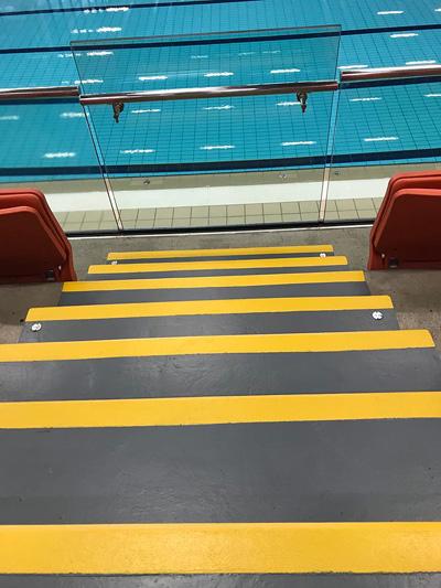 hi visibility steps